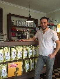Café Herr Von Butterkeks Owner: Mesut Ayvaz