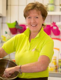 Bakari   Die Kuchenbotschaft Owner: Petra Haynack