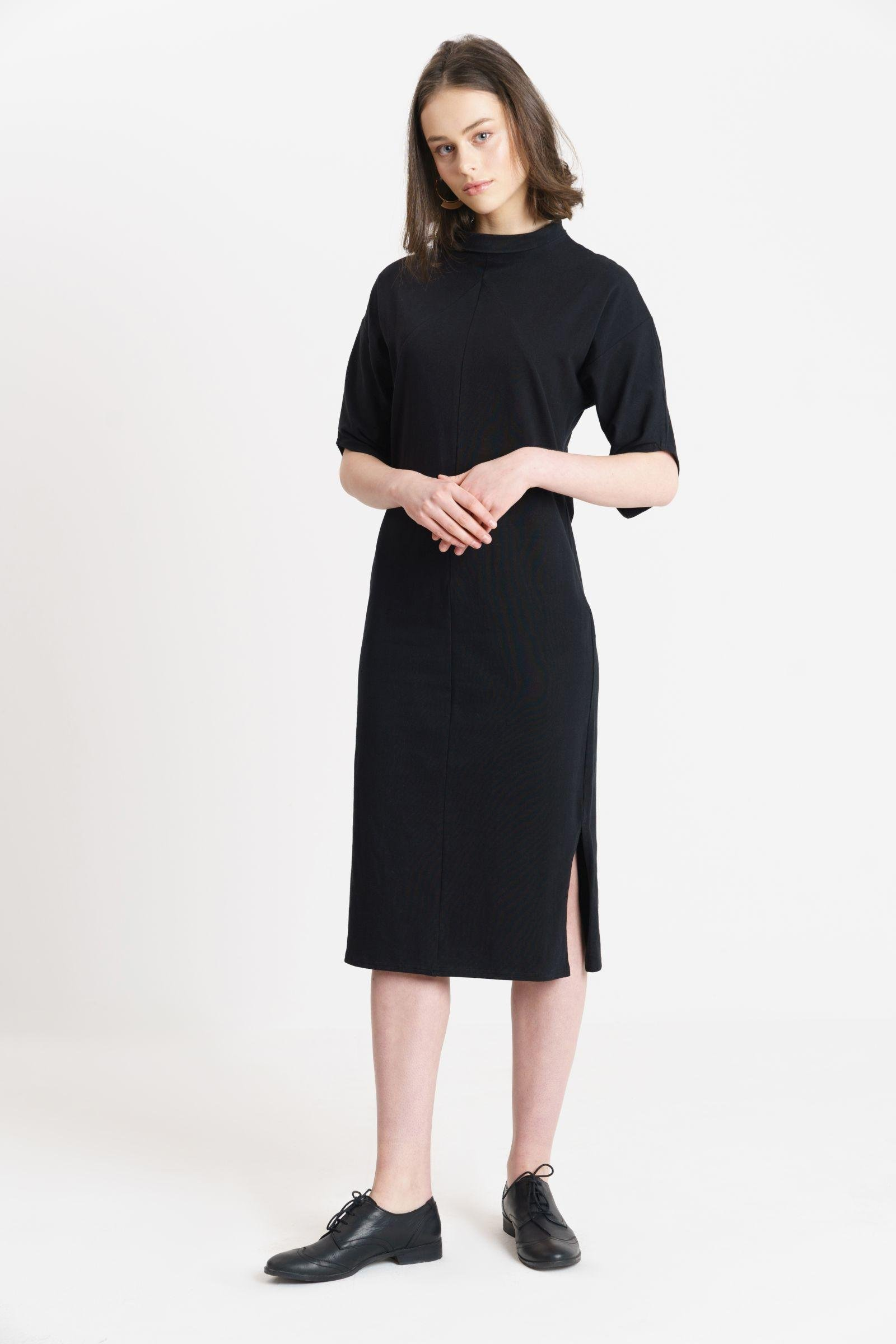 Yoko Turtelneck Dress