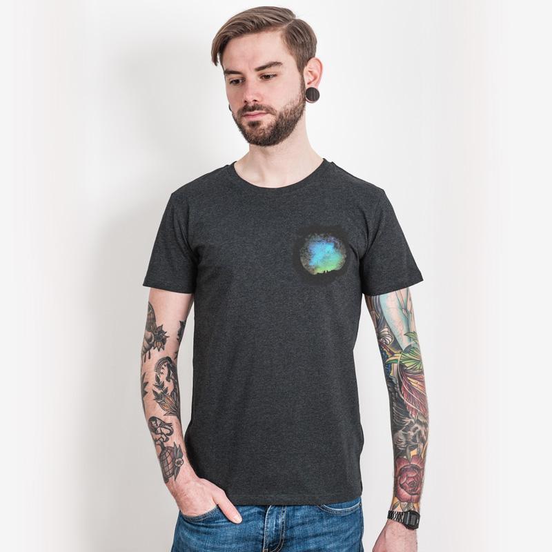 Tom Anton – Quelle - Men´s Organic Cotton T-Shirt