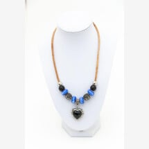 -Sylo jewelry necklace made of cork with a small heart-21