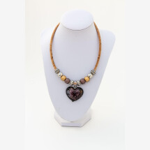 -Sylo jewelry womens necklace made of cork with a glass heart in brown-21