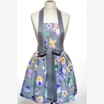 -A chic handcrafted kitchen apron for a modern woman-2