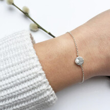 -Bracelet with discs motive and white pearl silver plated-20