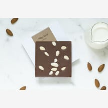 -Noble milk chocolate bar with almonds-21