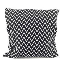 -Pillow Zig Zag 40x40 Scandi Style black white Orskov Danmark-21