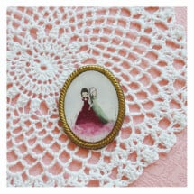-Snow-White and Rose-Red vintage style brooch-21