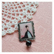 -The crow princess vintage style brooch-21