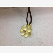 -Hearty cloverleaf lucky charm in gold 750-21
