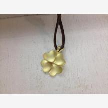 -Hearty cloverleaf lucky charm in gold 750-21