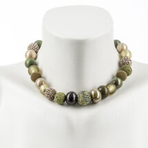 -Short Pearl Necklace New Bowls Avocado made of a fine mix of materials-20