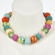 -Short pearl necklace Bollywood Multicolor made of a fine material mix-20