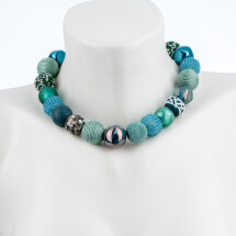 -Short pearl necklace Bollywood Pacific made of a fine material mix-20