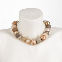 -Short pearl necklace Bollywood Metallic made of a fine material mix-20