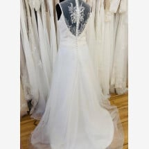 -A-line wedding dress with embroidery-21