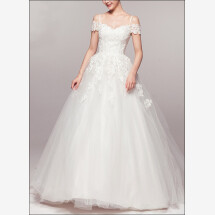 -Princess wedding dress with lace and carriers-21