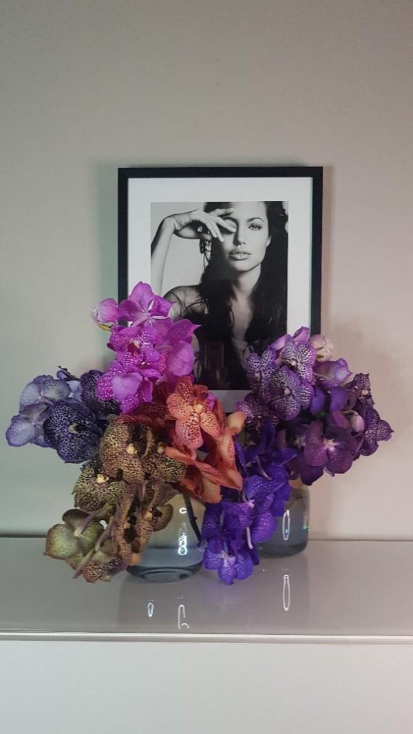 Bild schwarz weiss Angelina Jolie | La Fleur