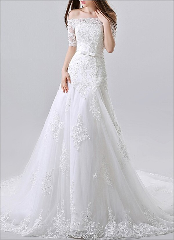 High quality wedding dress lace with sleeves | Lafanta | Braut- und Abendmode