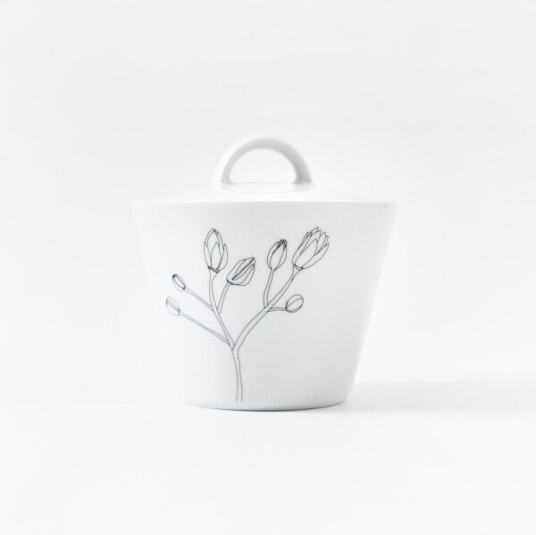 Porcelain sugar bowl with early blossom detail   Lipa store