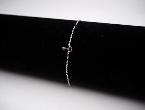 Bracelet with small key sterling silver | Perlenmarkt