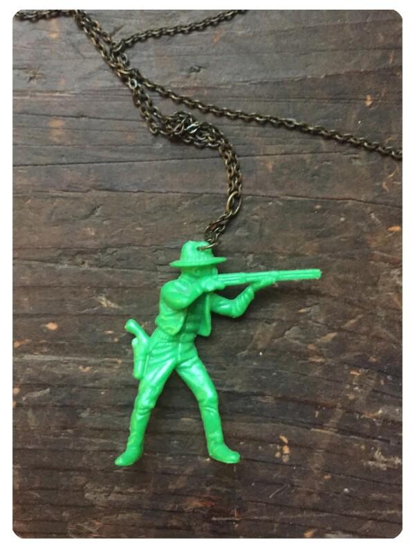 Necklace with plastic cowboy | Großmanns WhiteTrashWonderland