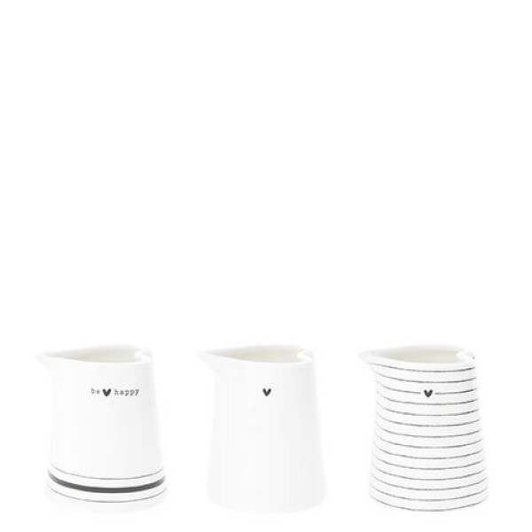 Bastion Collections small milk jug xs white with black heart | Ambiente lifestyle & deko