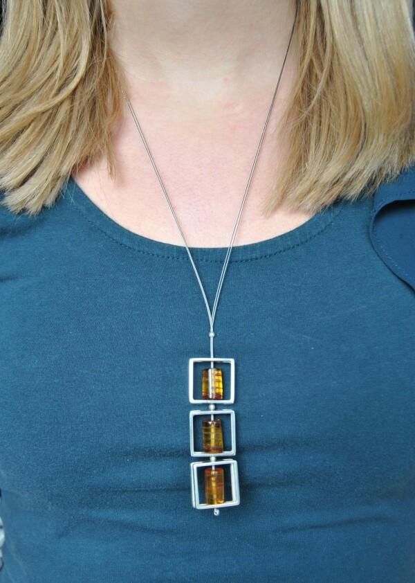 Amber necklace silver | Atelier Schmuck Tönnissen
