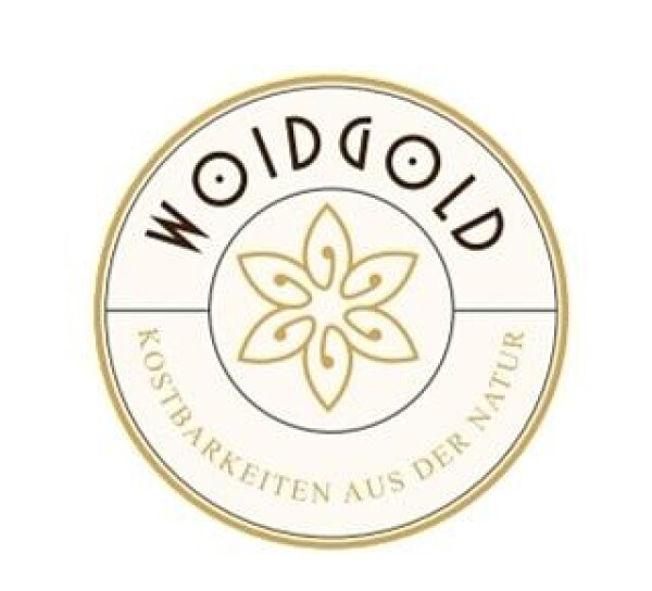Horse made from the purest beeswax | Woidgold