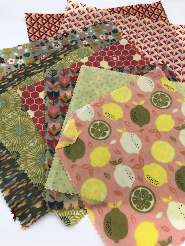 Beeswax cloths in different sizes   Imkerei Nengel