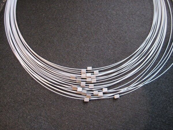 Multiple stainless steel chain with small cubes   mancherlei