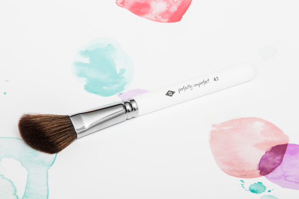 PERFECTLY IMPERFECT - Rouge brush made of high-quality synthetic hair / / makeup brush | SALON ZWEI Kaufladen & Schminksalon