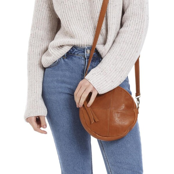 Light brown purse with exchangeable straps | JUAN-JO gallery