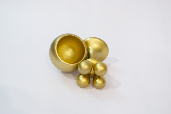 Poporo Quimbaya - golden container | Bizar_Cologne