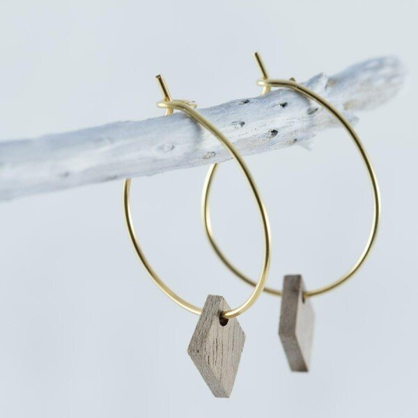 Wood Walnut DIAMOND EARRINGS | Debosc