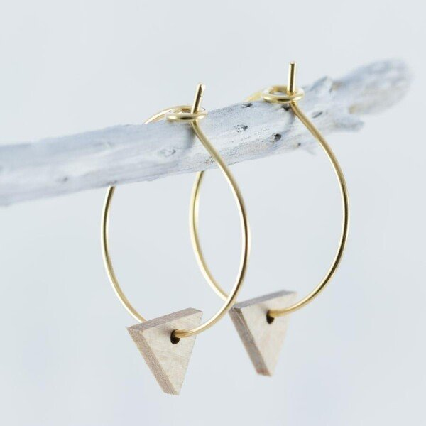 Wooden Beech TRIANGLE earrings | Debosc