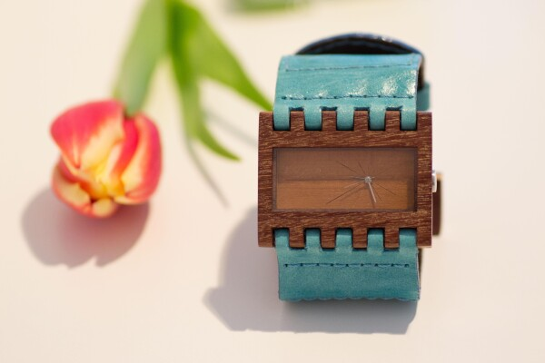 Ecological wood watch with leather strap - Turquoise - | Bizar_Cologne