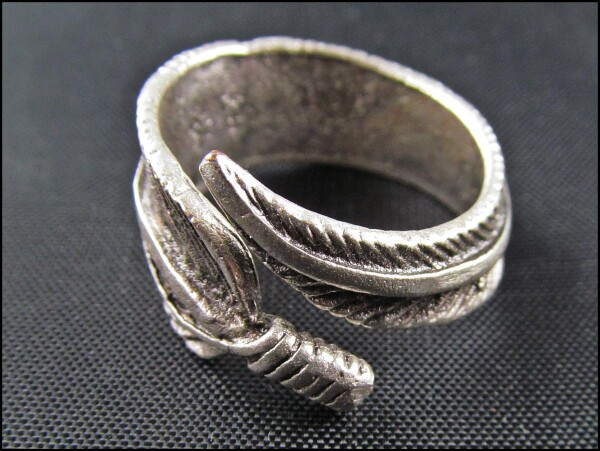 Spring ring silver colored   Carol and Me