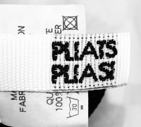 Please Pleats 2-piece set   catya designer second hand