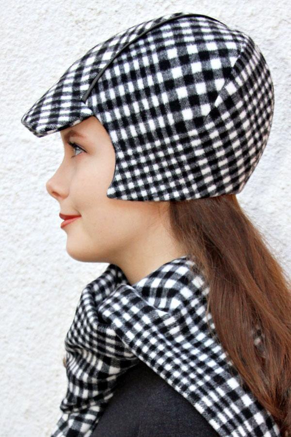 black and white cap BELA_215   MOLOTOW