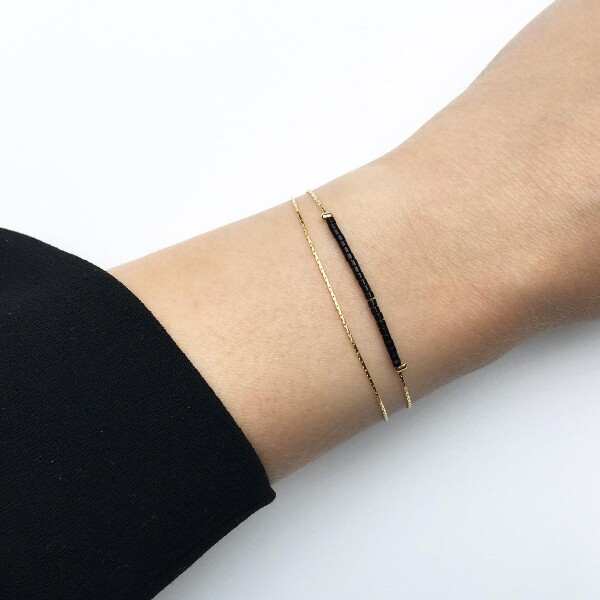 2-fold bracelet gold-plated with black rocailles beads   Perlenmarkt