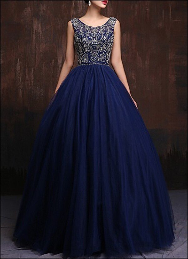 Blue ball gown with corset and free back | Lafanta | Abend- und Brautmode