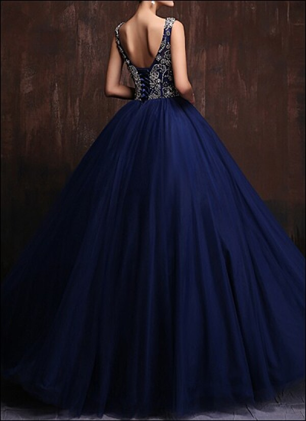 Blue ball gown with corset and free back | Lafanta | Braut- und Abendmode