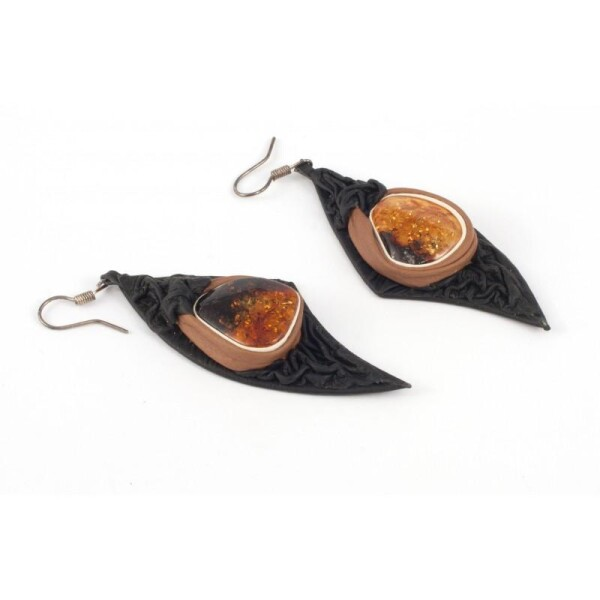 Black and light-brown leather earrings with amber | BalticBuy