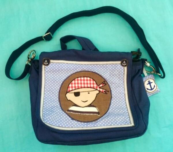 blue kindergarten bag pirate | Adieu Tristesse