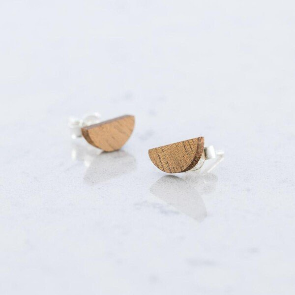 Wooden Sapele HALBMOND EARPLUGS | Debosc