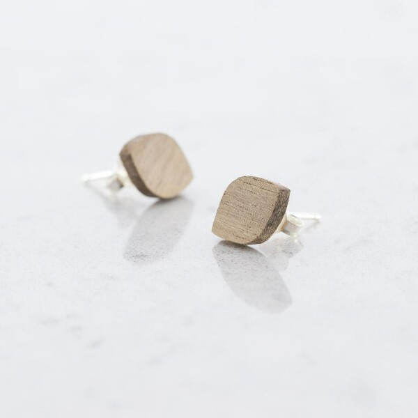 Wooden walnut OVALE stud earrings | Debosc