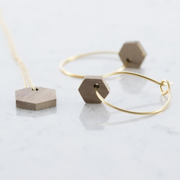 Hexagon earrings and necklace set walnut | Debosc