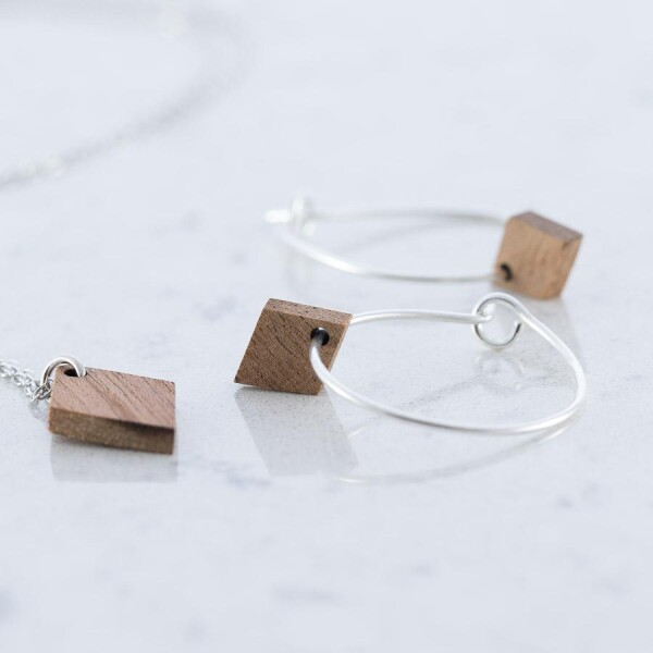 Diamond shaped earrings and necklace set Sapele | Debosc