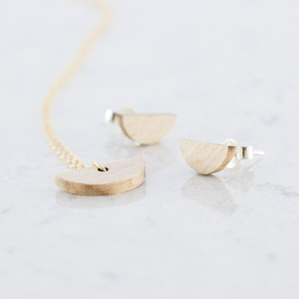 Beech Crescent Ear Studs and Necklace Set Beech | Debosc