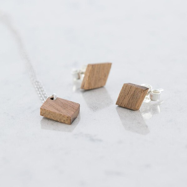 Sapele Wood Diamond Stud Earrings and Necklace Set Sapele | Debosc
